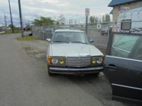 Parting out - 1980 Mercedes 300 - Silver - Parts -