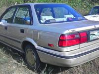 PARTING OUT TOYOTA COROLLA-INTERIOR/EXTERIOR IN GREAT