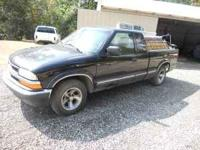 PARTS ,,2000 S10 PARTS ONLY SHORT BED ,NO RUST OR DENTS
