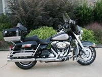 This is a very nice Black/Silver Harley Davidson