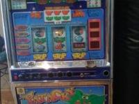 Selling my Patacky Slot Machine. This slot machine is