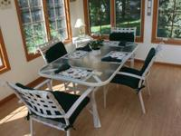 Patio table & 4 chairs, white with glass top, center
