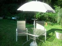 nice  patio table  with  umbrella  throwing  in 2