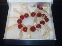 Customized real distinct shaped pearl and carnelians