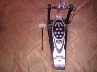 Pearl bass drum pedal  Location: wenatchee