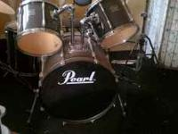 Used Pearl drum kit, great condition...comes with