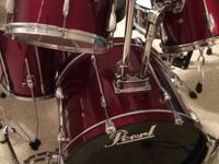 Pearl Export drum set fantastic condition! Features