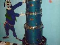 5 piece pearl export drum kit , blue . 22x18 kick ,