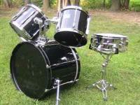 PEARL EXPORT SERIES EARLY 90s black finish, some marks
