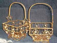 2 Decorative pearl & gold metal baskets. Used to hold