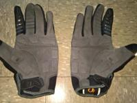 Used Pearl iZumi ELite Gel Biking Gloves Full finger,