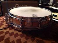 Awesome Pearl snare drum. 14x3.5 w maple shell.