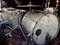 Pearl Refernce drum kit in granite sparkle finish.