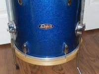 "Beautiful Pearl Vintage 14"" Floortom blue sparkle with"