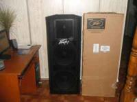 2 brand new peavey speakers still in the box and never