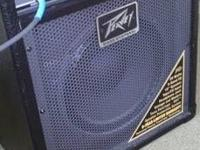 GREAT SOUNDING PEAVEY BASS AMP WITH CHORD!LIKE