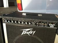 Selling this Peavy Tnt 130 bass amplifier it's in