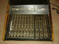 Peavy XR-800 Stereo Powered Mixing Console. 8 channel