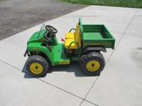 Specifications & Features Of John Deere Gator *This toy