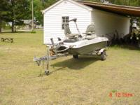 2009 2 seater Bass Boat. Fully equiped with 2 seats,