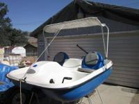 Pelican Pedal/Paddle Boat for Sale. Outstanding