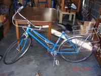 Pennheys 1 speed old fashioned style bike with rear