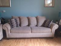 Traditional style sofa and loveseat combo - Klaussner