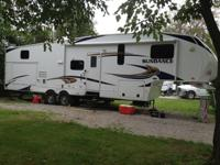 2012 Heartland Sundance 3300CK 36' 5th Wheel with
