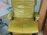 I'm selling this perfect chair model pc-095, it's in