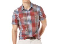 Eye-catching slim fit shirt by Perry Ellis with