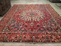 Beautiful Hand Knotted Persian Bakhtiari Rug 100% Wool