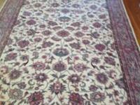 BEAUTIFUL Persian Carpet. - Has been skillfully