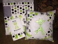 Custom Burp Cloths, Tote bags, Pillows & Quilts. Can
