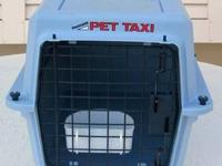 Petmate Pet Taxi Travel Kennel -- With water cup.
