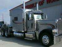Make: Peterbilt Mileage: 124,937 Mi Year: 2013 VIN