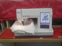 PFAFF 2170, like new! Only 3-4 years old. Comes with