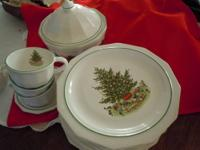 This Christmas Heritage Set is made by Pfaltzgraff. All