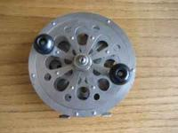 This reel is in NEW condition. No scratches, wear, or