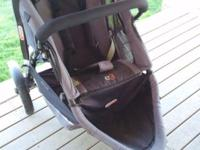 Fantastic condition stroller! Gray and Black. Double