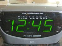 Philips Magnavox Dual Alarm Clock Radio in perfect
