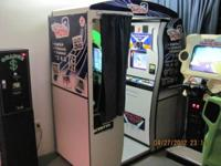 Hollywood Photos 3-in-1 full sized coin operated video