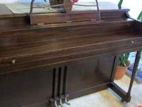 Lester Betsy Ross Spinet Piano. CALL TODD ~ NO SCAMS