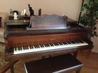 Great condition, beautiful sound, optional piano music