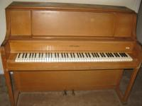 NICE STORY & CLARK STUDIO UPRIGHT PIANO... THIS PIANO