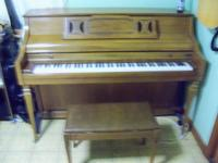 Kimball upright piano. Very Nice Condition. This piano