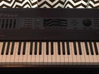 Kurzweil K2600XS Keyboard Workstation in excellent