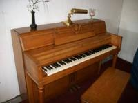 Nice fully functional Wurlitzer console piano and