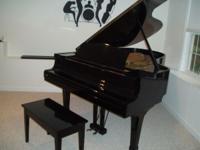 "Yamaha G5 Grand Piano, 6'6"" gloss black. Profesionally"
