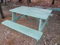 This is a sturdy, well built, solid white oak picnic