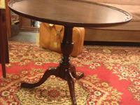 Beautiful large Pie Crust Table in very good condition.